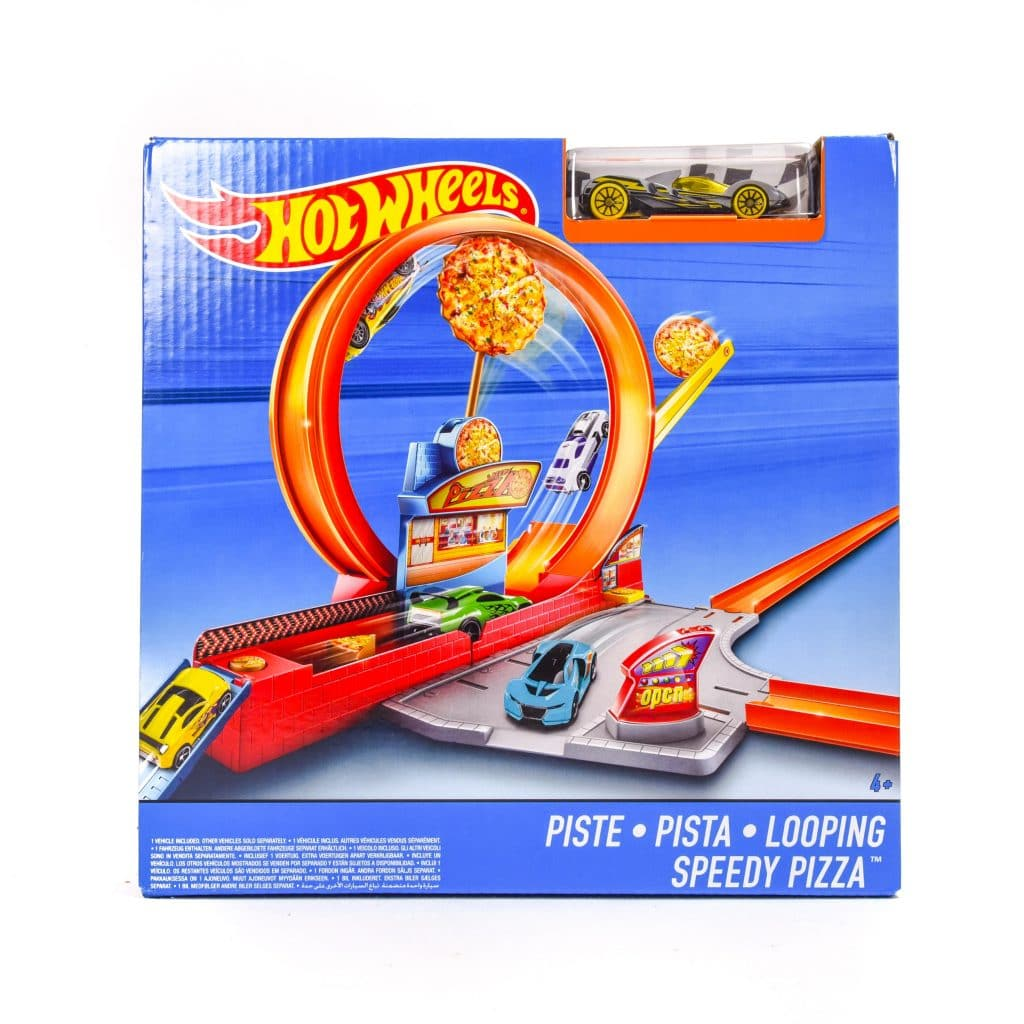 hot wheels looping speedy pizza playset samko and miko. Black Bedroom Furniture Sets. Home Design Ideas
