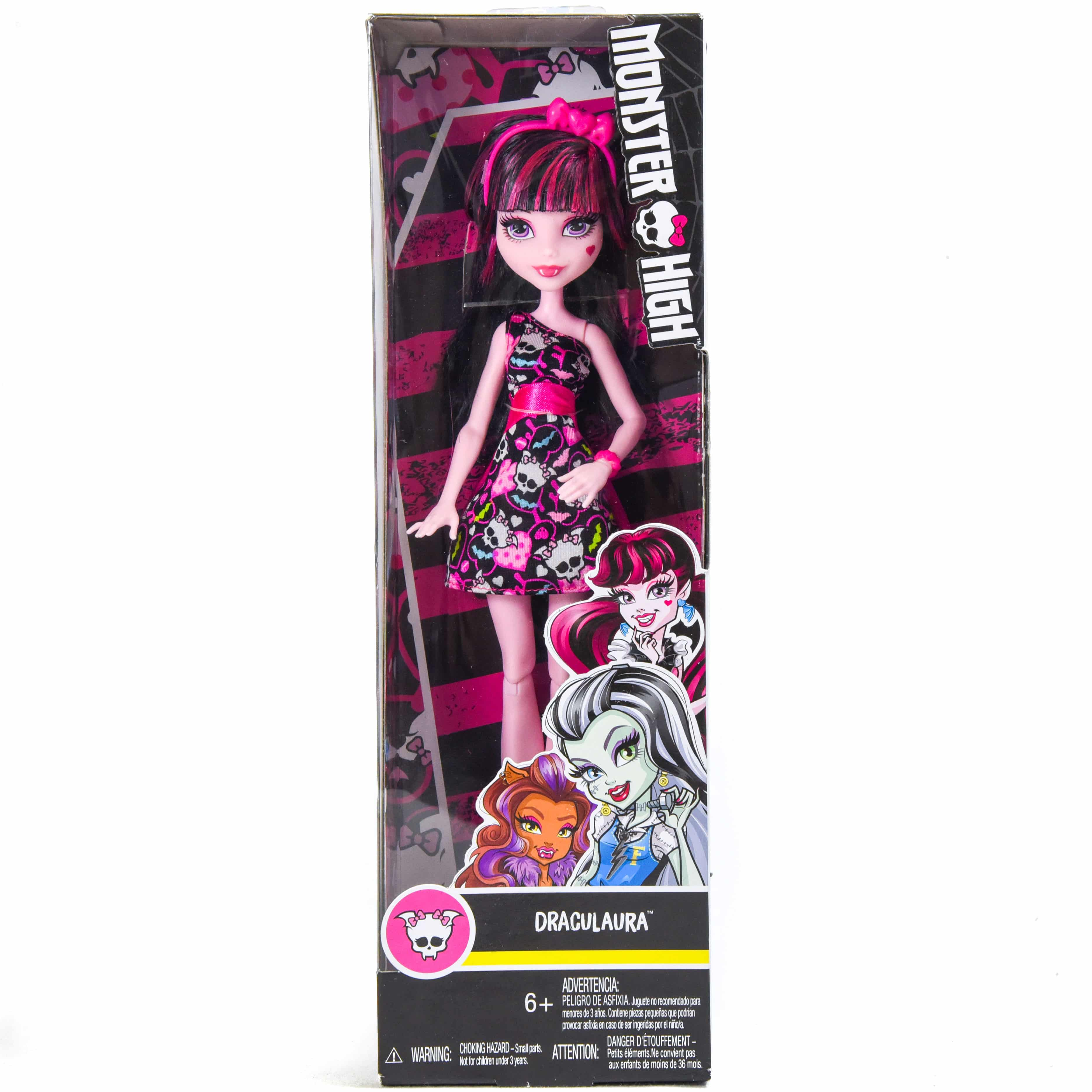 Monster Entertainment Featuring a monsterrific blend of Sea Monster and Chinese Dragon scaritages, the Monster High Freaky Fusions Lagoonafire Doll is a positively frightful addition to any collection for play or display - a doll stand is included.