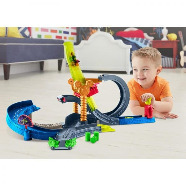 Disney Junior Super Charged Mickey Drop and Loop Playset