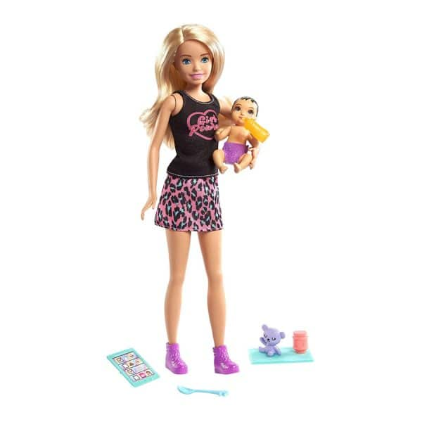 Barbie Skipper Babysitters Inc Playset (Girl Power Shirt)