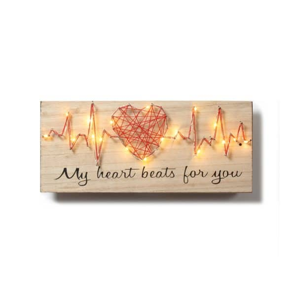 """""""My Heart Beats for You"""" LED w/ Décor"""