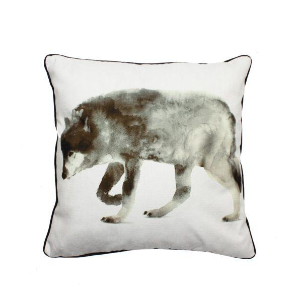 Wolf Design Throw Pillow
